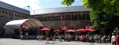 Brunnenhof trier bilder news infos aus dem web for Beckers hotel trier germany